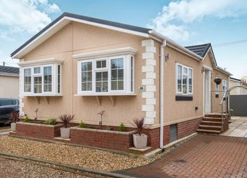 Thumbnail 2 bed mobile/park home for sale in Hawthorn Hill, Hawthon Hill, Dogdyke, Lincoln