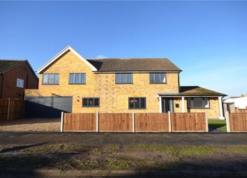 Thumbnail 5 bed detached house for sale in Hall Farm Crescent, Yateley, Hampshire