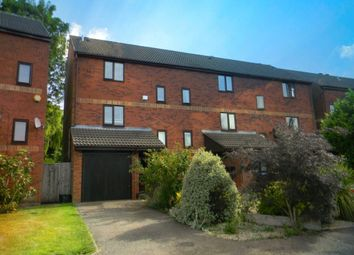 Thumbnail 4 bed town house to rent in Brook Lane, Berkhamsted