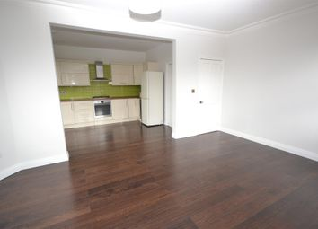 Thumbnail 2 bed flat to rent in Elm Park Road, Finchley
