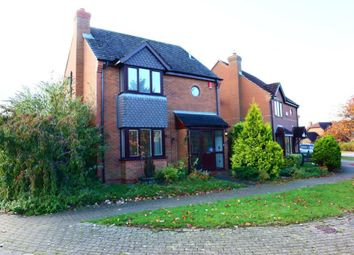 Thumbnail 4 bed detached house to rent in Lynmouth Crescent, Furzton, Milton Keynes