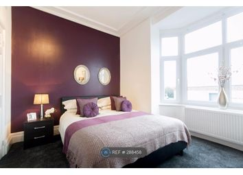 Thumbnail Room to rent in Newcastle ST5 9Ej, Newcastle Under Lyme,