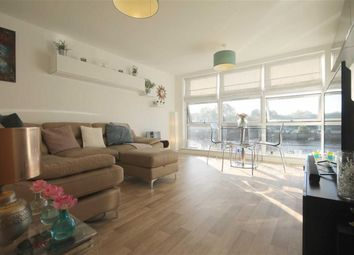 Thumbnail 2 bed flat for sale in Mariners Wharf, Quayside