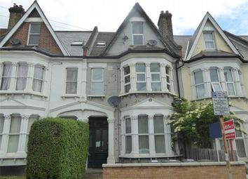 Thumbnail 1 bed flat to rent in Holmesdale Road, London
