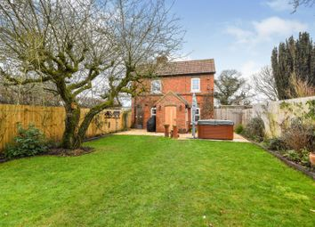 Knights Lane, Ball Hill RG20. 2 bed end terrace house for sale
