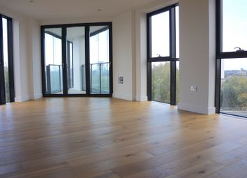 3 bed flat to rent in City Mill Apartments, Lee Street, Hackney E8