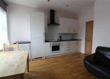 1 bed flat to rent in Ladywell Road, Lewisham, London SE13