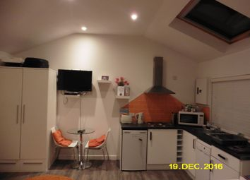 Thumbnail Studio to rent in Derby Road, Bournemouth, Bournemouth