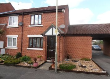 Thumbnail 2 bed flat to rent in Charleston Close, Feltham