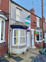 Thumbnail 4 bed shared accommodation to rent in Carr View Avenue, Doncaster