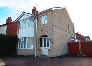 Thumbnail 3 bed detached house to rent in Rhosddu Road, Wrexham