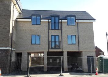 Thumbnail 2 bedroom flat for sale in Station Approach, Swindon