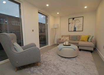Thumbnail 3 bed flat to rent in Commercial Road, Shadwell