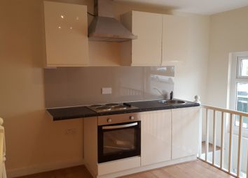 Thumbnail 1 bed flat to rent in Windus Road, Stoke Newington, Stamford Hill