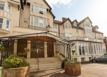 Beach Road, Westgate-On-Sea CT8. 3 bed flat for sale