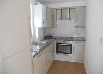 3 bed maisonette to rent in Hay Lane, London NW9