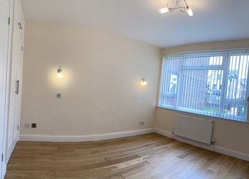 Thumbnail 2 bed flat to rent in Stratford Road, Watford