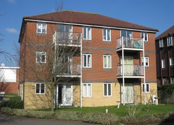 Thumbnail 2 bed flat for sale in Fair Oak Road, Fair Oak, Eastleigh