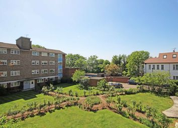 Thumbnail 3 bed flat for sale in Elm Avenue, London