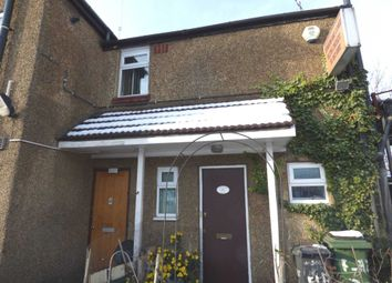 Thumbnail 2 bedroom maisonette to rent in Woodland Avenue, Luton