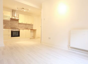 Thumbnail 2 bed flat to rent in Cricketfield Road, Hackney Downs