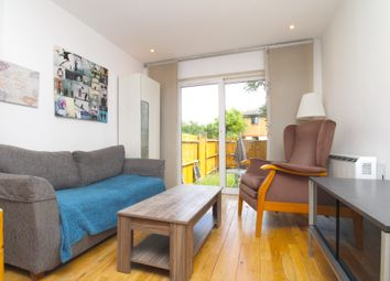 1 bed property to rent in Oxley Close, London SE1