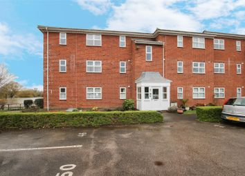 Thumbnail 2 bed flat to rent in Guillemot Way, Aylesbury