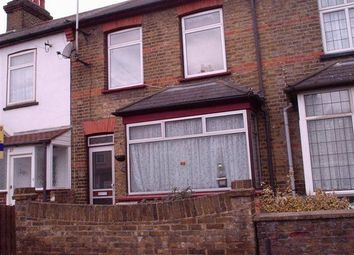 Thumbnail 5 bed shared accommodation to rent in Moorfield Road, Cowley, Uxbridge