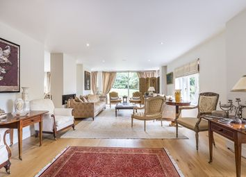 Thumbnail 6 bed flat to rent in Southwood Avenue, Coombe, Kingston Upon Thames