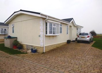 Thumbnail 2 bedroom mobile/park home for sale in Kingfisher Close, Normans Bay, Pevensey