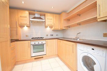 Thumbnail 2 bed flat to rent in Springfield Shaw, London Road, Balcombe, West Sussex