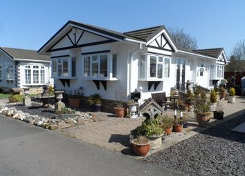 Thumbnail 2 bed mobile/park home for sale in Jaywick Lane, Clacton On Sea