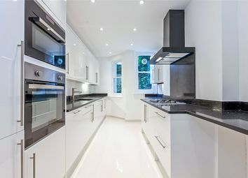 Thumbnail 3 bed flat to rent in Hampstead Lane, London