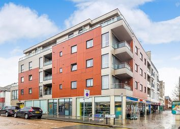 Thumbnail 2 bed flat to rent in 1A Rothesay Avenue, Wimbledon