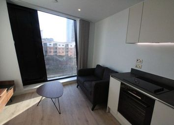 1 bed flat to rent in Axis Tower, 14 Albion St, Manchester M1