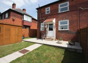 Thumbnail 1 bed flat to rent in Front Street, Glasshoughton, Castleford