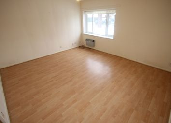 Thumbnail 3 bed flat to rent in Kingsdale Court, Leeds