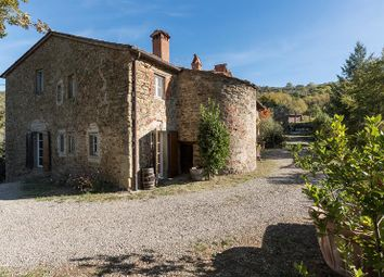 Thumbnail 6 bed villa for sale in Arezzo, Tuscany, Italy
