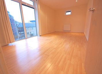 Thumbnail Room to rent in 70 Martello Street, London