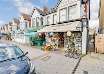 3 bed flat for sale in London Road, Westcliff-On-Sea SS0