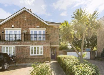 3 bed property for sale in Green Street, Sunbury-On-Thames TW16
