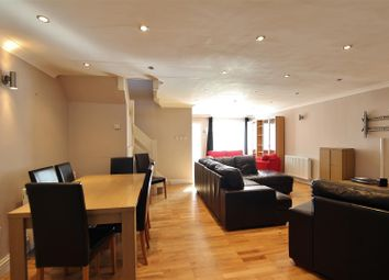 Thumbnail 4 bed property to rent in Oakley Close, Isleworth