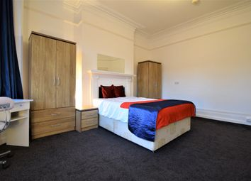 Thumbnail Room to rent in Woodgrange Avenue, London