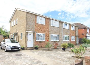 Edwards Avenue, Ruislip HA4. 2 bed maisonette