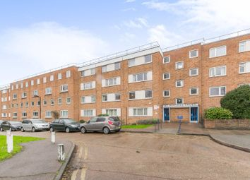 Thumbnail 3 bed flat to rent in St Pancras Court, East Finchley