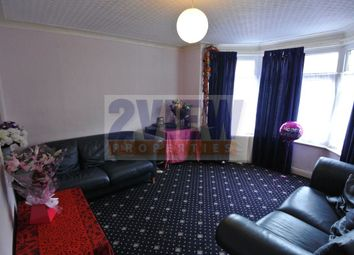 Thumbnail 3 bedroom property to rent in Headingley Mount, Leeds, West Yokshire