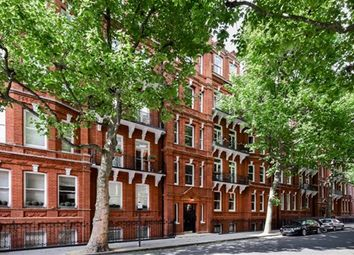 Thumbnail 3 bed flat to rent in Earls Court Square, Earls Court, South Kensington