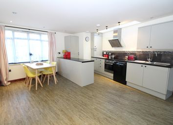Thumbnail 2 bed property to rent in Birchwood Avenue, Wallington