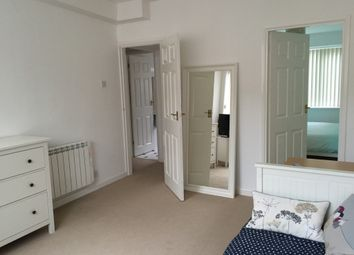 Thumbnail 1 bed flat to rent in West Avenue, Leicester