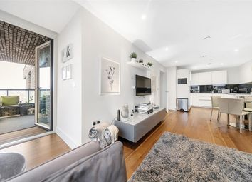 Upper Richmond Road, London SW15. 2 bed flat for sale